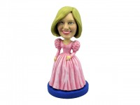 Cinderella Style Beauty in Pink Dress Bobblehead